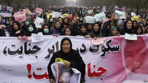 151111144011_kabul_protests_640x360_epa