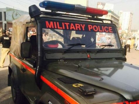 1001789-MilitaryPolicepersonnelcar-1448967168-398-640x480