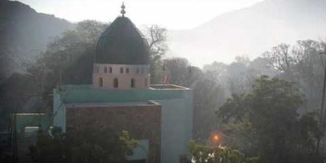 dargah-shah-noorani